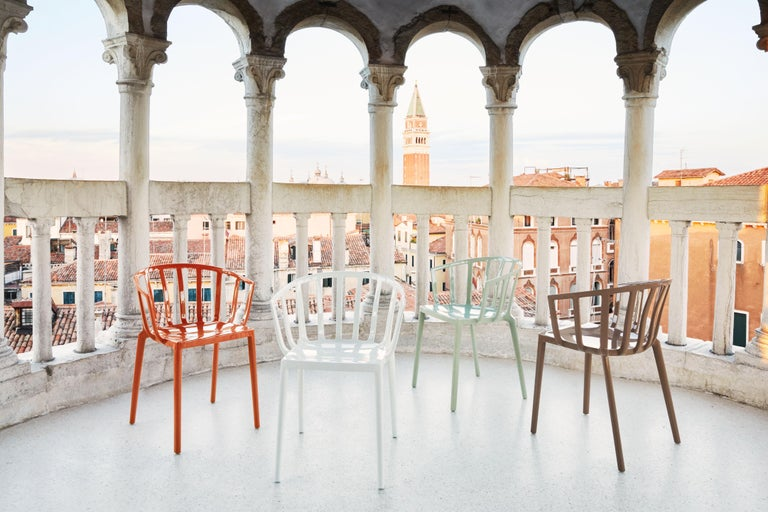 Set of 2 Kartell Venice Chairs in Rust Orange by Philippe Starck For Sale 1