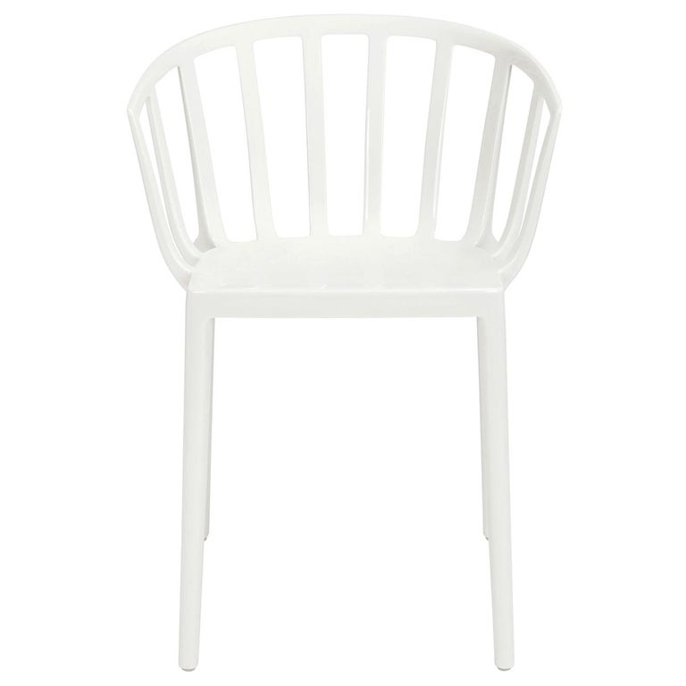 Set of 2 Kartell Venice Chairs in White by Philippe Starck For Sale