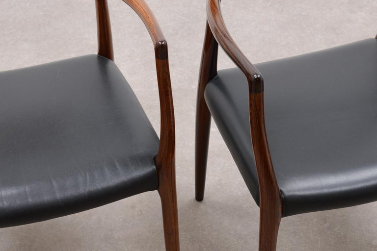 Set of 2 Model 62 Rosewood Dining Chairs by Niels Otto Møller In Good Condition For Sale In Amstenrade, NL