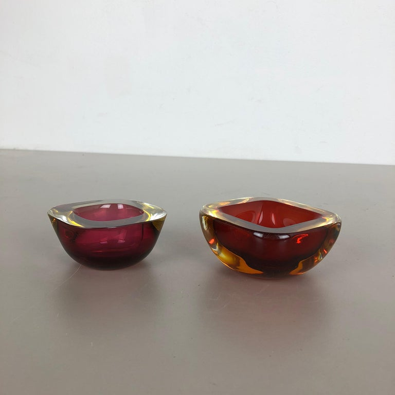 Set of 2 Murano red Glass Sommerso Bowl Shells Ashtray Element, Italy, 1970s For Sale 6