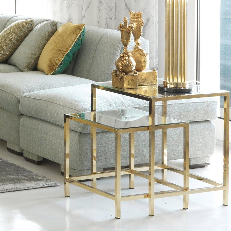 Modern Set of 2 Nesting Tables with Mirror For Sale