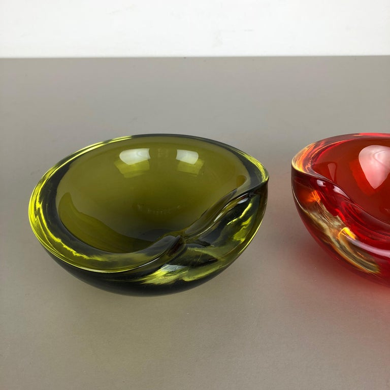 20th Century Set of 2 New Old Stock, Murano Sommerso Glass Shell Bowl Cenedese Vetri, 1960s For Sale