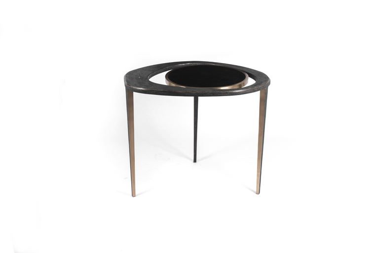 Hand-Crafted Set of 2 Peacock Nesting End Table in Black Shagreen Shell Brass by R&Y Augousti For Sale