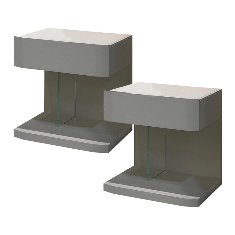 In Stock in Los Angeles, Set of 2 Leather Samar Beige Nightstand Tables For Sale
