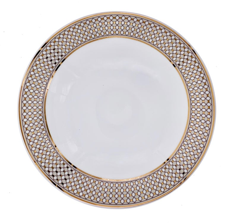 Larger quantities available upon request, with 8 weeks production time.  Set of 2 soup plate (2 pieces) Color: Beige and gold Size: 21 Ø x 5 H cm Material: Porcelain and gold Collection: Modern Vintage.