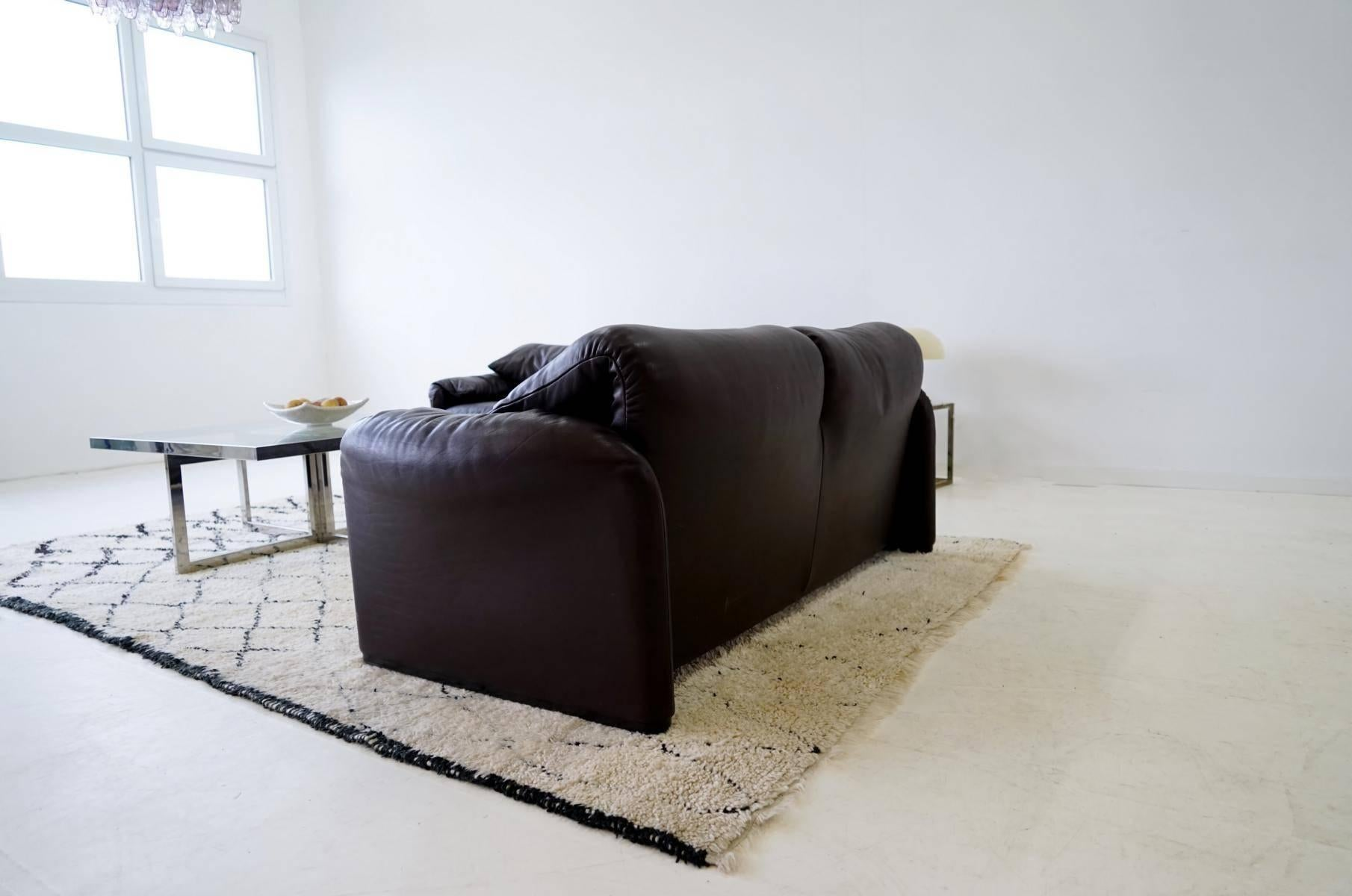 Set Of Two Seat Maralunga For Cassina Design Function Canapé Couch At 1stdibs