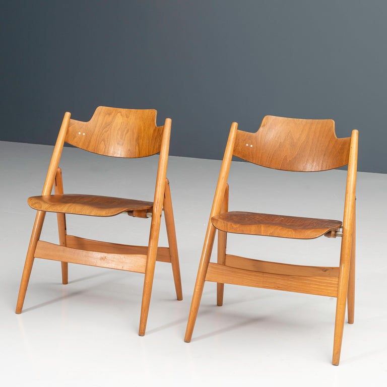 Mid-Century Modern Set of 20 Fully Restored Egon Eiermann Folding Chairs in Beech and Plywood, 1952 For Sale