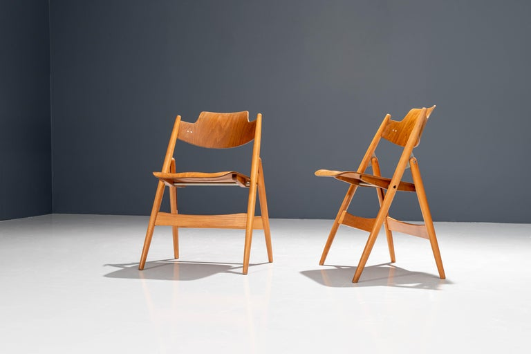 Molded Set of 20 Fully Restored Egon Eiermann Folding Chairs in Beech and Plywood, 1952 For Sale