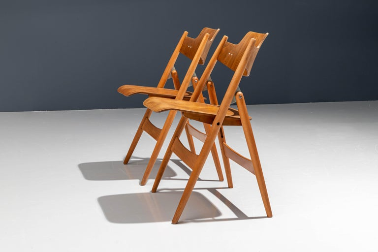 Set of 20 Fully Restored Egon Eiermann Folding Chairs in Beech and Plywood, 1952 In Good Condition For Sale In Amsterdam, NL