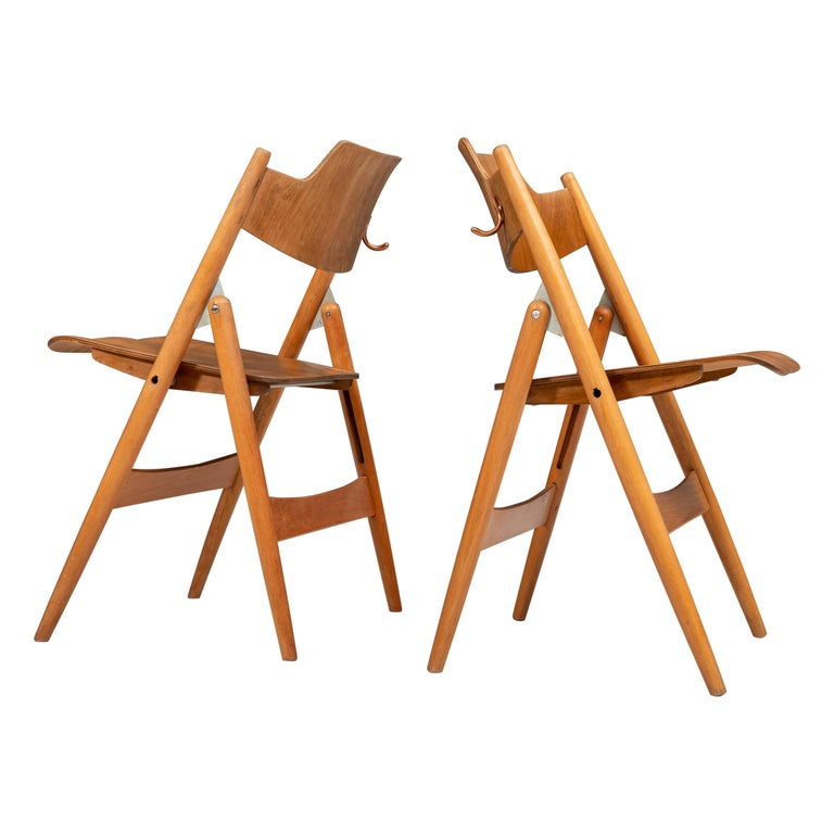 Set of 20 Fully Restored Egon Eiermann Folding Chairs in Beech and Plywood, 1952 For Sale