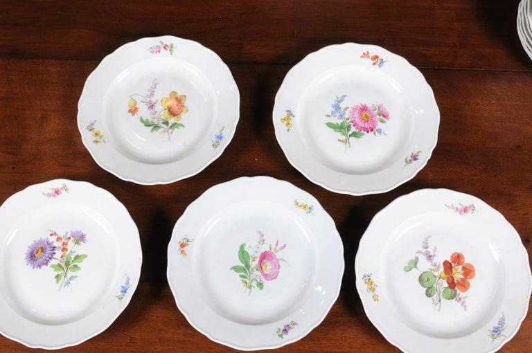 19th Century Set of 24 Pieces German Meissen Porcelain Dinner Service with Floral Decor For Sale