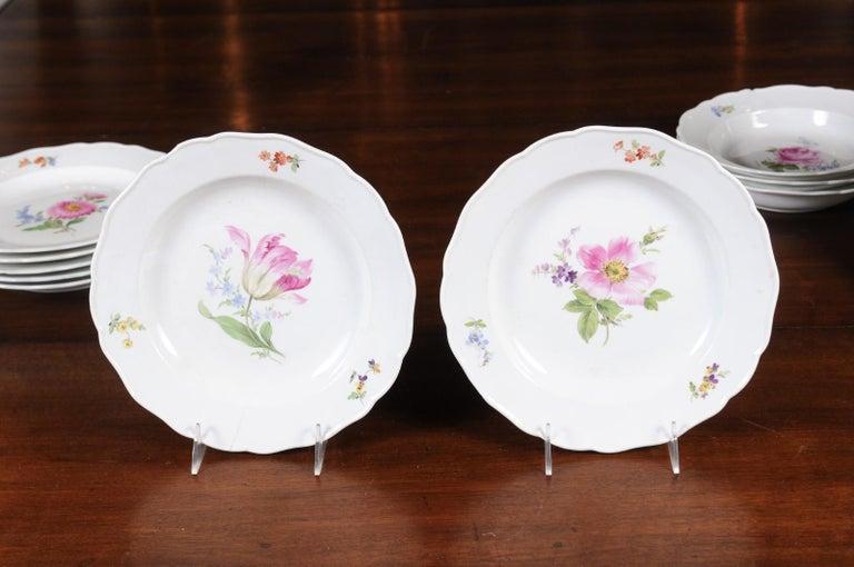 Set of 24 Pieces German Meissen Porcelain Dinner Service with Floral Decor For Sale 3