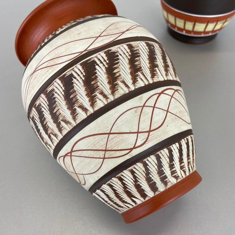 Set of 3 Abstract Ceramic Pottery Vases by EIWA / AKRU Ceramics, Germany, 1950s For Sale 10