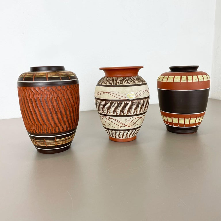 Mid-Century Modern Set of 3 Abstract Ceramic Pottery Vases by EIWA / AKRU Ceramics, Germany, 1950s For Sale