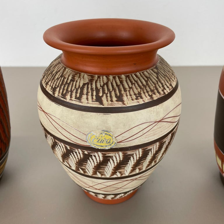 Set of 3 Abstract Ceramic Pottery Vases by EIWA / AKRU Ceramics, Germany, 1950s For Sale 1