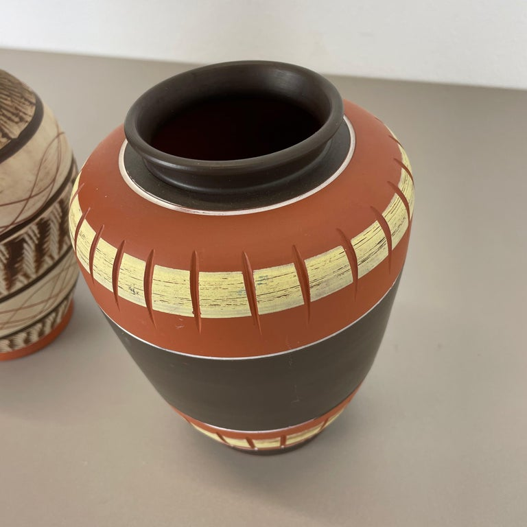 Set of 3 Abstract Ceramic Pottery Vases by EIWA / AKRU Ceramics, Germany, 1950s For Sale 4