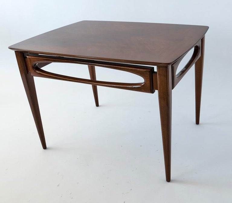 Mid-Century Modern Set of 3 American Modern Walnut Nesting Tables, by American of Martinsville For Sale
