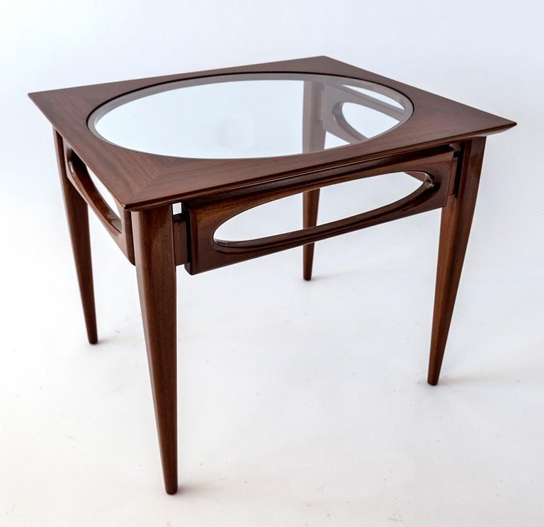 North American Set of 3 American Modern Walnut Nesting Tables, by American of Martinsville For Sale