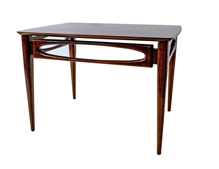 Mid-20th Century Set of 3 American Modern Walnut Nesting Tables, by American of Martinsville For Sale