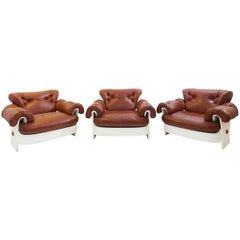 Set of 3 Armchairs in Leather and Lacquered Wood, Italy, circa 1980s