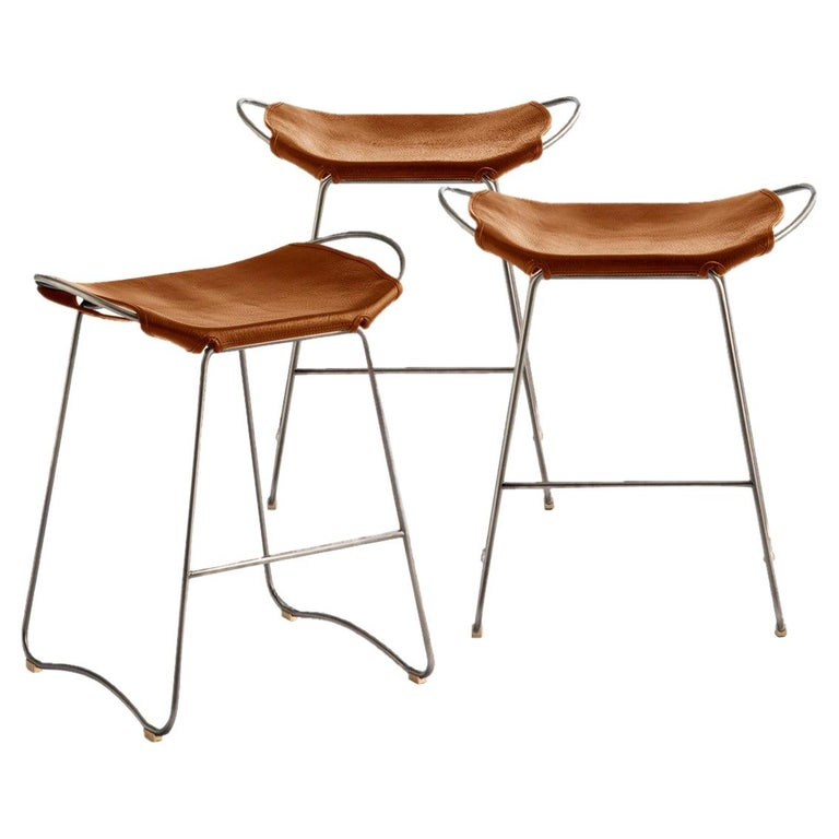 Set of 3 Bar Stool, Old Silver Steel and Natural Tobacco Leather, Modern Style For Sale