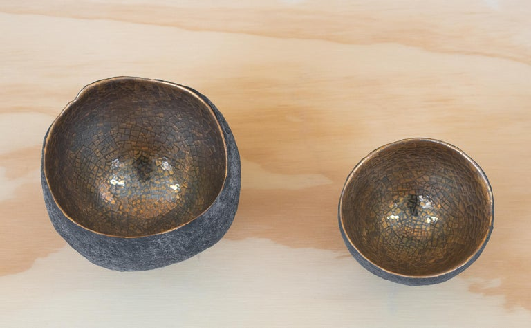 Set of 3 Ceramics with Gold and Platinum In New Condition For Sale In New York, NY