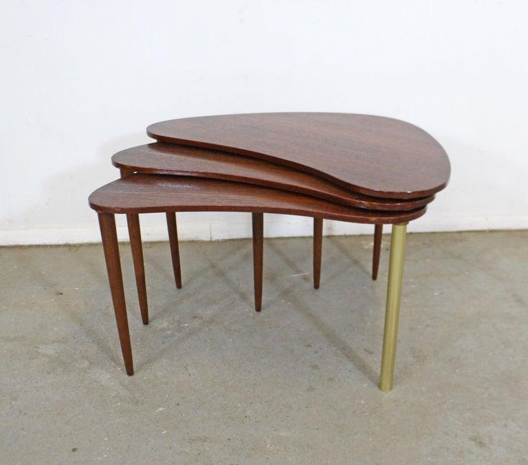 Mid-Century Modern Set of 3 Danish Modern Teak Boomerang Jackknife Accent Nesting Tables For Sale