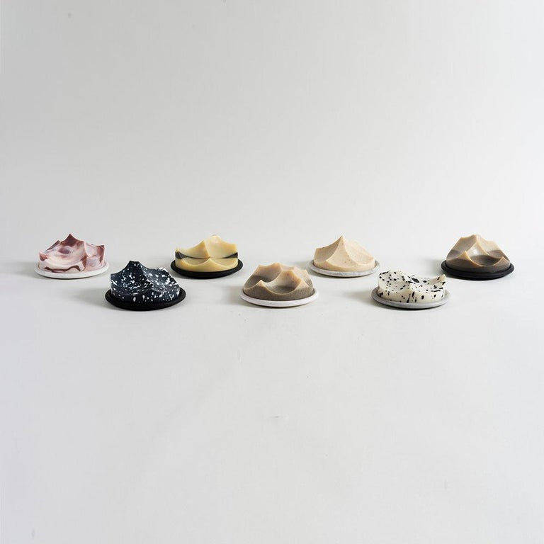 Set of 3 Soap, Detox, Linden, Cardamom Vetiver, Erode Soap by UMÉ Studio For Sale 10