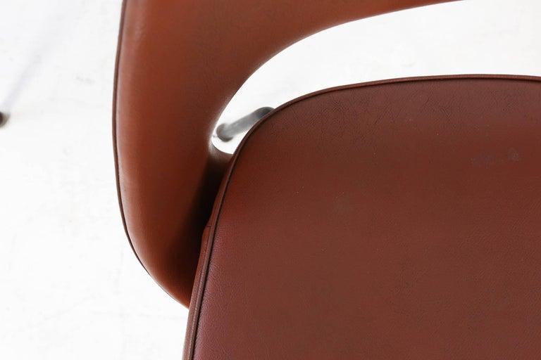 Metal Set of Two Eero Saarinen Series 71 Armless Chair for Knoll, 1960s De Coene