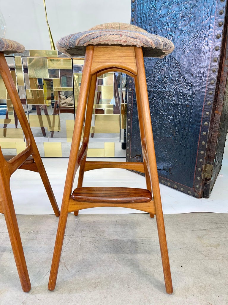 Set of 3 Erik Buch OD61 Teak and Rosewood Bar Stools In Good Condition For Sale In Hingham, MA