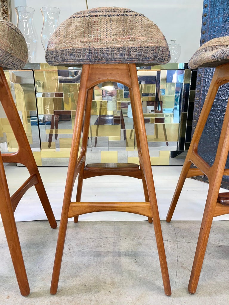 Mid-20th Century Set of 3 Erik Buch OD61 Teak and Rosewood Bar Stools For Sale