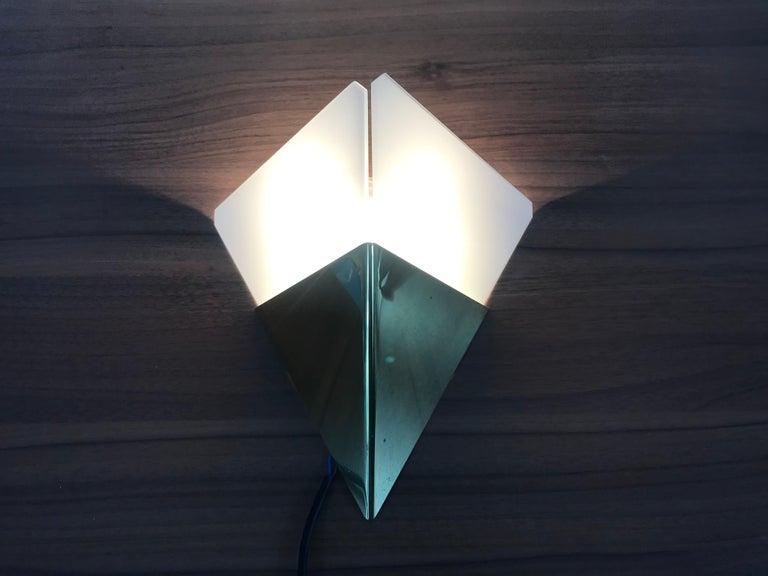 Set of 3 Extraordinary Triangle Ice Glass Sconces by Kalmar, Austria, 1960s For Sale 4
