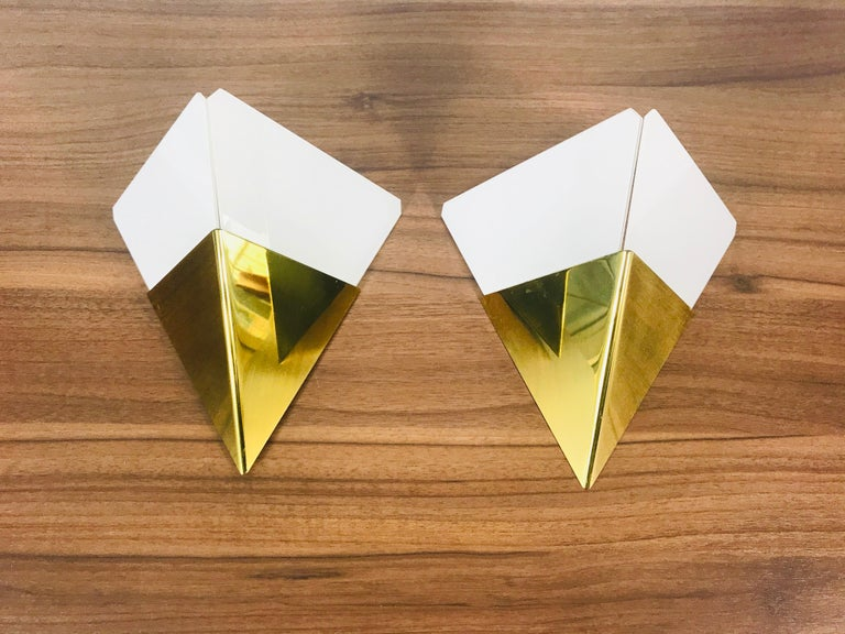 Set of 3 Extraordinary Triangle Ice Glass Sconces by Kalmar, Austria, 1960s For Sale 6