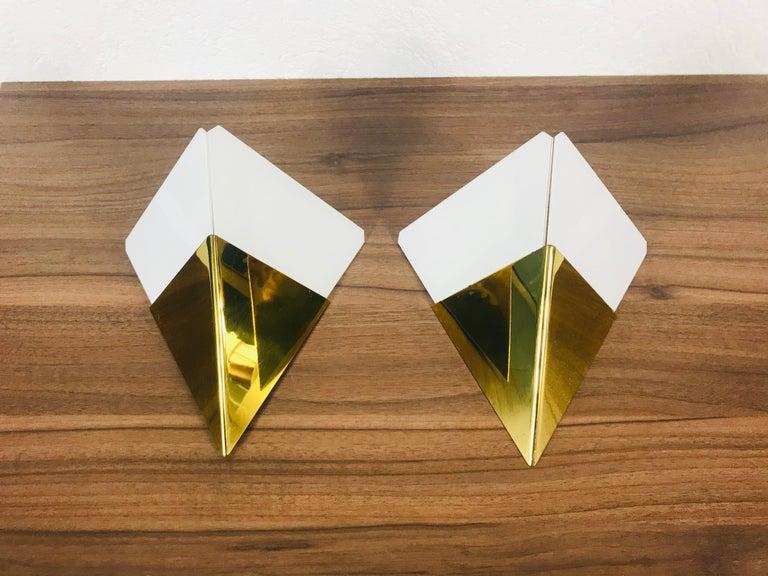 Mid-Century Modern Set of 3 Extraordinary Triangle Ice Glass Sconces by Kalmar, Austria, 1960s For Sale