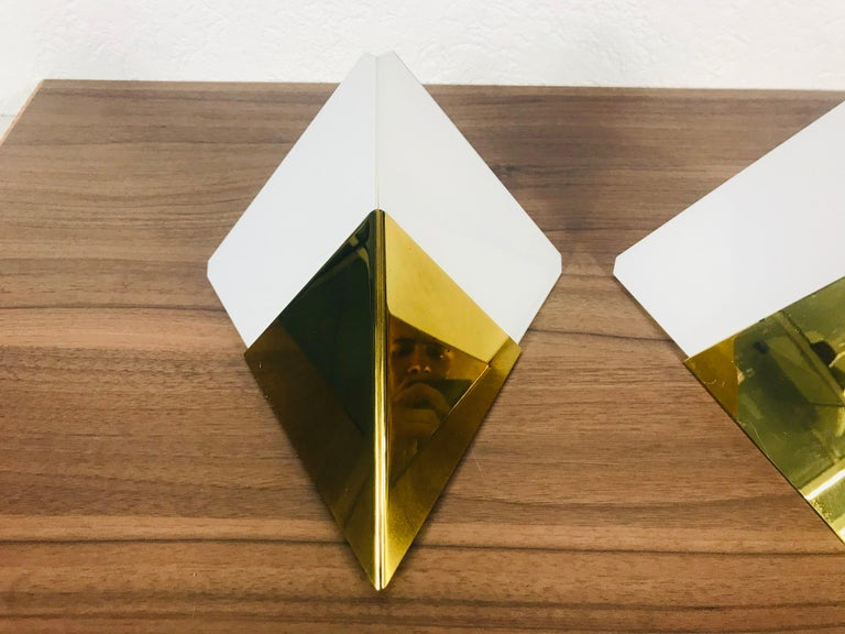 German Set of 3 Extraordinary Triangle Ice Glass Sconces by Kalmar, Austria, 1960s For Sale
