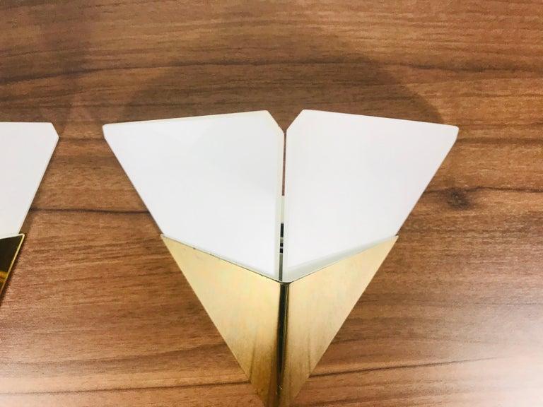Set of 3 Extraordinary Triangle Ice Glass Sconces by Kalmar, Austria, 1960s For Sale 2