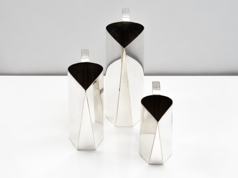 Late 20th Century Set of 3 Silver Plated Modernist Pitchers Attributed to Cini Boeri, circa 1975 For Sale