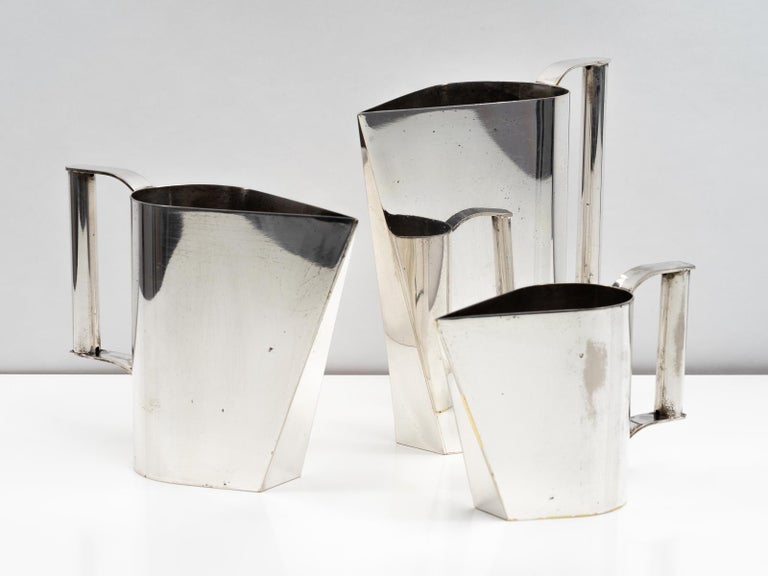 Set of 3 Silver Plated Modernist Pitchers Attributed to Cini Boeri, circa 1975 For Sale 4