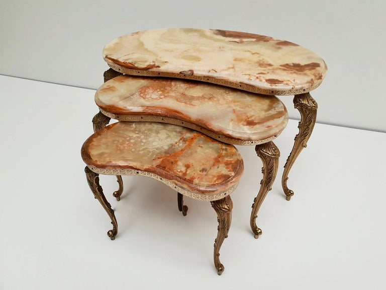Set of 3 Italian Vintage Polished Brass and Marble Nesting Tables For Sale 5