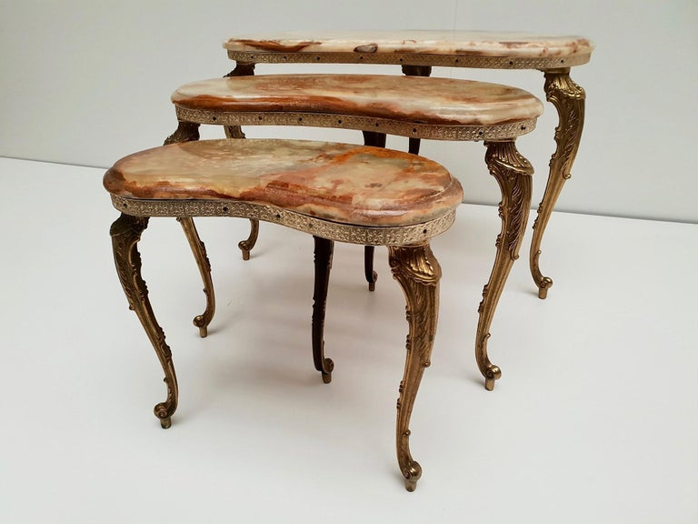 Set of 3 Italian Vintage Polished Brass and Marble Nesting Tables For Sale 6