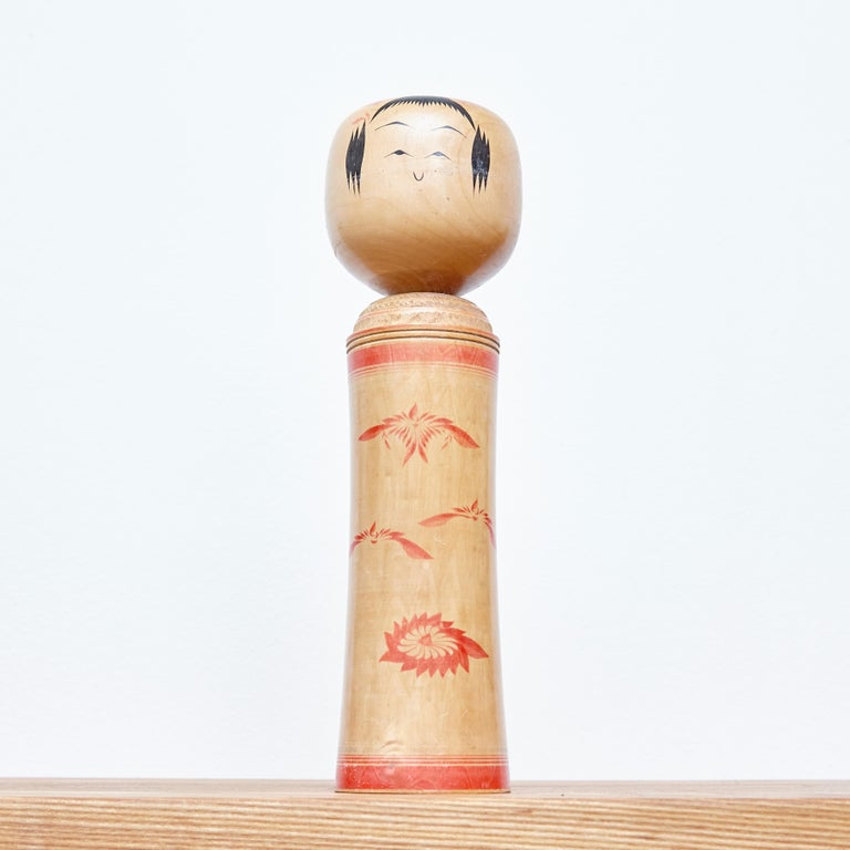 20th Century Set of 3 Kokeshi Japanese Wood Hand Painted Doll For Sale
