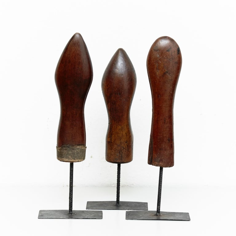 Set of 3 Mid-Century Modern Wood and Metal Sculptures, circa 1950 In Good Condition For Sale In Barcelona, Barcelona
