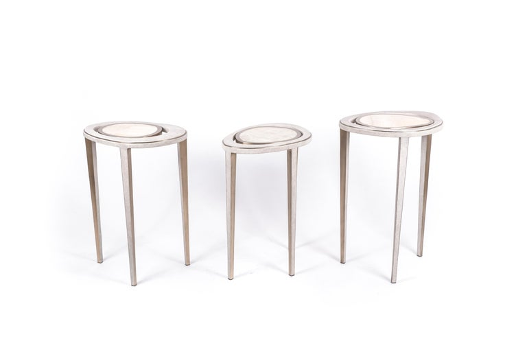 Art Deco Set of 3 Peacock Nesting End Table in Cream Shagreen Onyx, Brass by R&Y Augousti For Sale