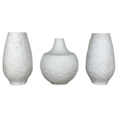 """Set of 3 Porcelain Op Art """"LEAF"""" Vases by Heinrich Selb, Germany, 1970s"""