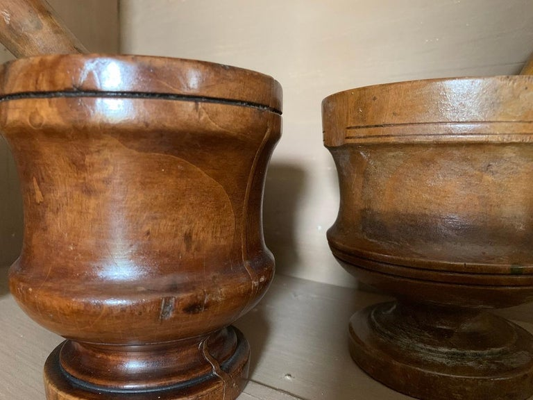 Set of 3 Walnut Mortars with Pestle For Sale 4