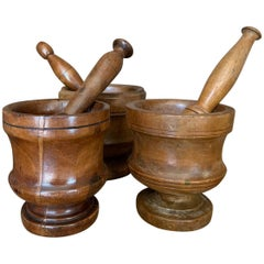 Set of 3 Walnut Mortars with Pestle