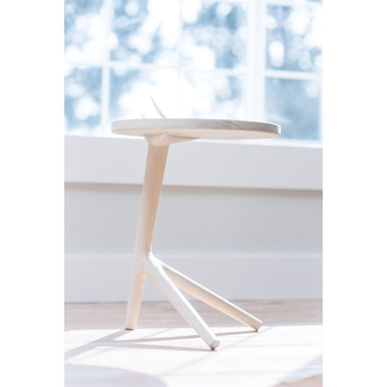 Set of 3 White Ash Tripod Table by Fernweh Woodworking In New Condition For Sale In Geneve, CH