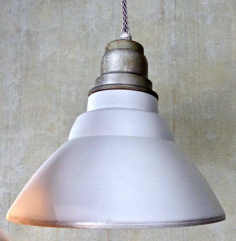 Set of 30 General Electric Industrial Pendants, circa 1940s For Sale 1