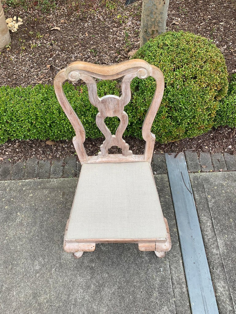 Set of Four 18th-19th Century English Stripped Oak Side Chairs For Sale 11