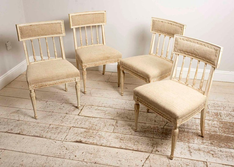 Set of 4 1920s Swedish Hand Painted Dining Chairs in the Style of Anders Hellman For Sale 1